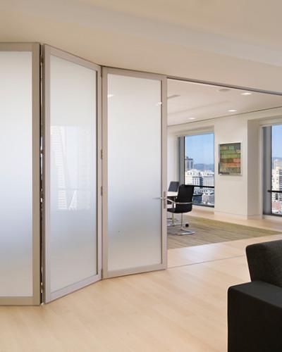 Aluminum_Dutch-Consulate